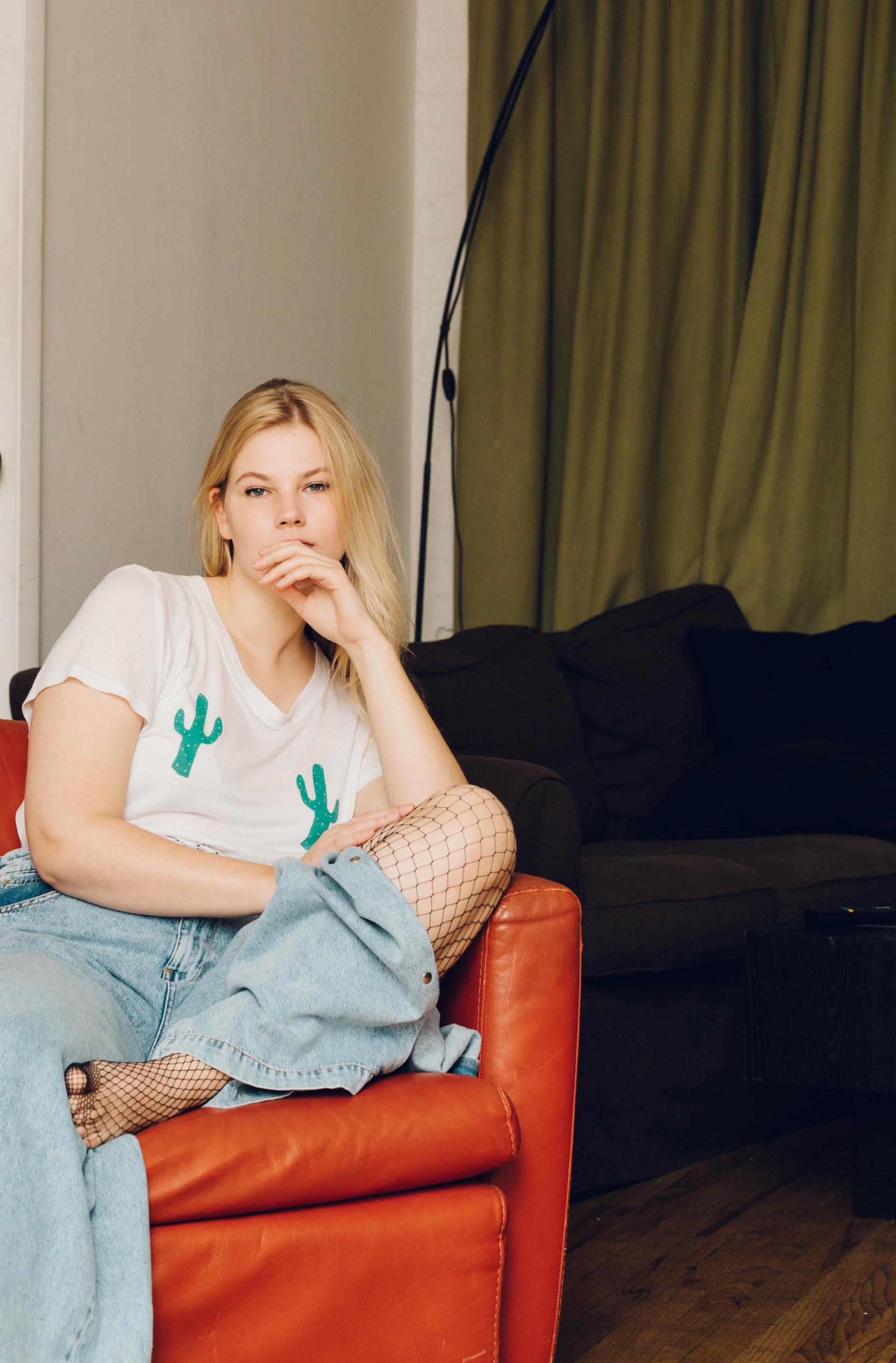 Helga Traxler INDIE MAGAZINE Melissa Koole