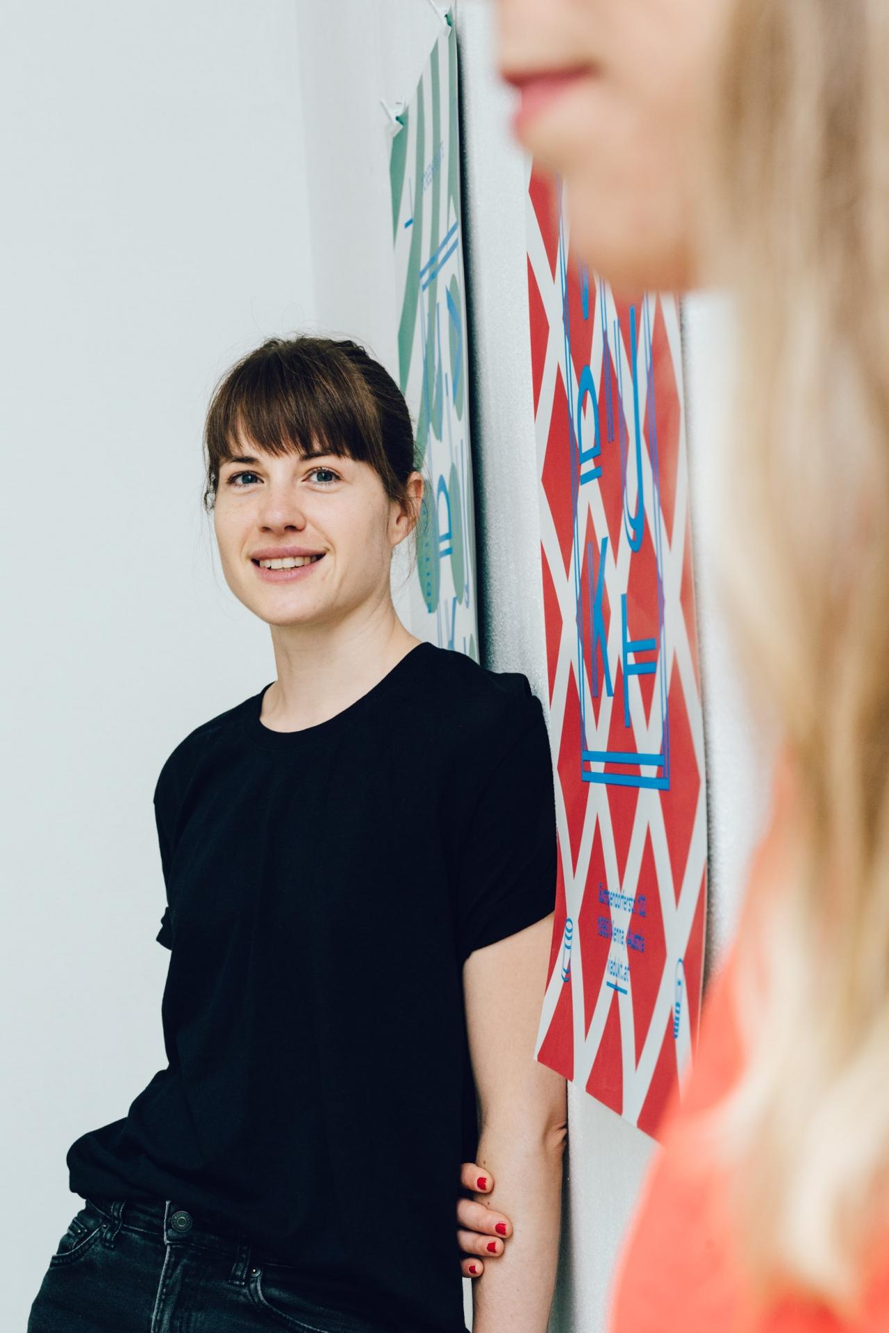 Helga Traxler Studioportrait VIADUKT STREENPRINTS Vienna